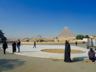 Inside the Giza Complex!!