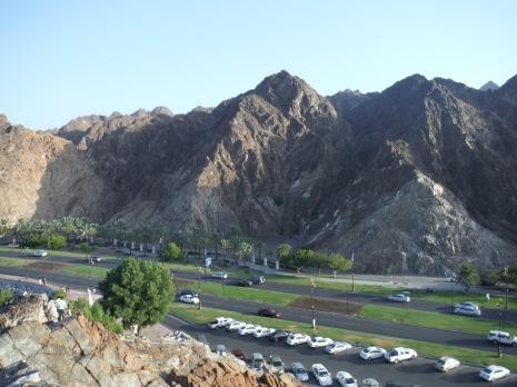View across Al Bahri Road