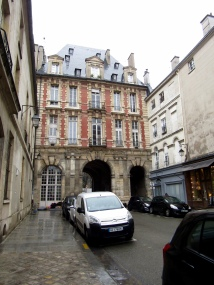 Next stop was the Place des Vosges. Here is one entrance.