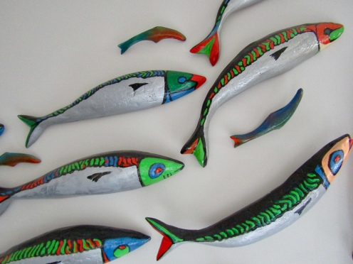 Her mom's mackerel art!