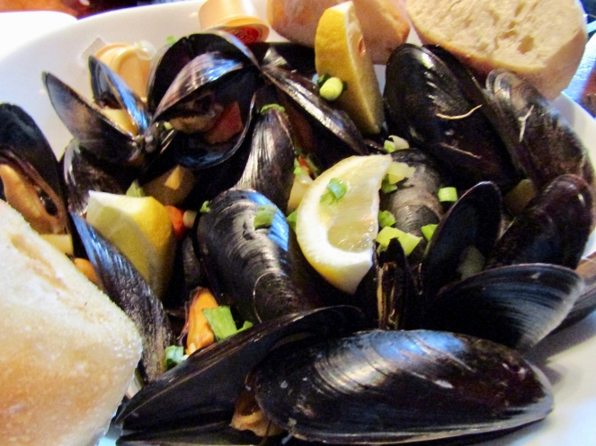Mussels with root vegetables