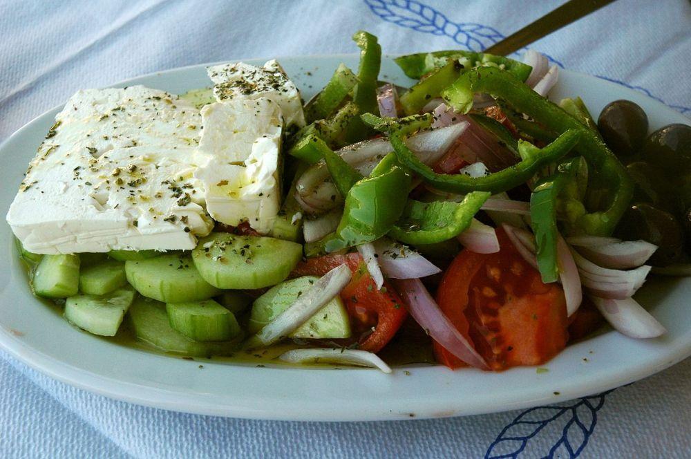 1280px-Greece_Food_Horiatiki
