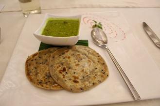Dal Hariyali & Onion Seed Paratha