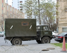 Very Soviet looking truck