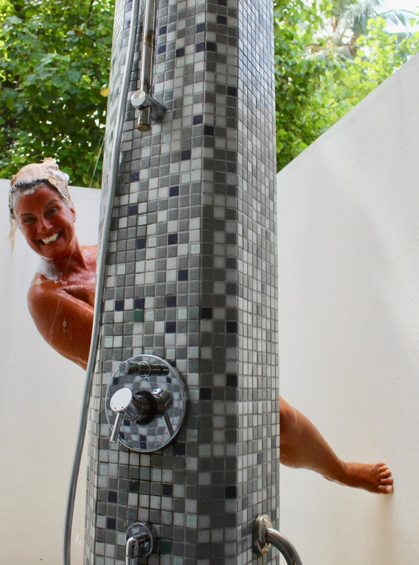 Maldives - Awesome Open Shower