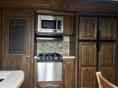 June 2019 - 2017 Keystone Cougar 337fls - Interior - Kitchen