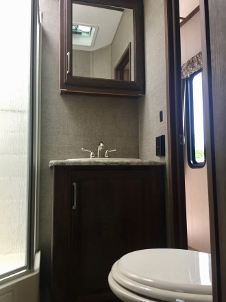June 2019 - 2017 Keystone Cougar 337fls - Interior - Bathroom