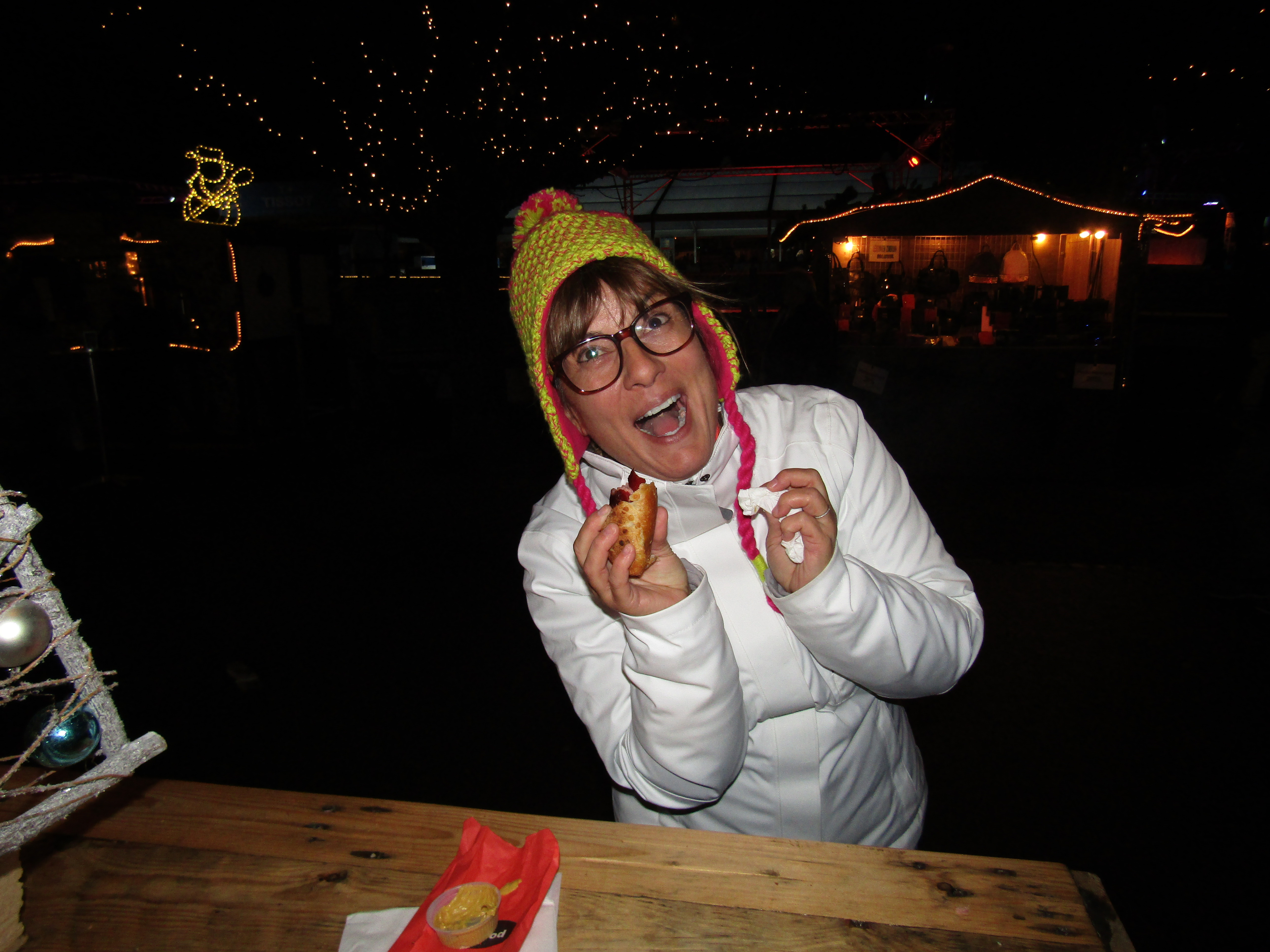 2016 - Switzerland - Interlaken - Christmas Market & Ice Festival - Eating a yummy German sausage!!