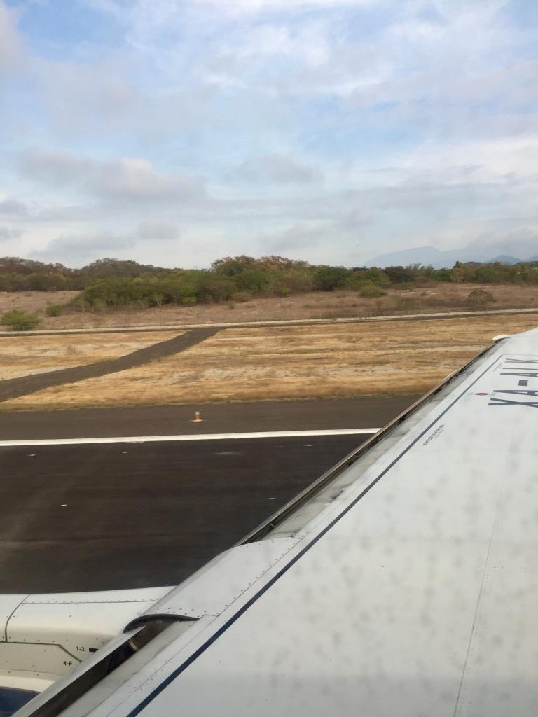 2019 - Air Mexico - Landing