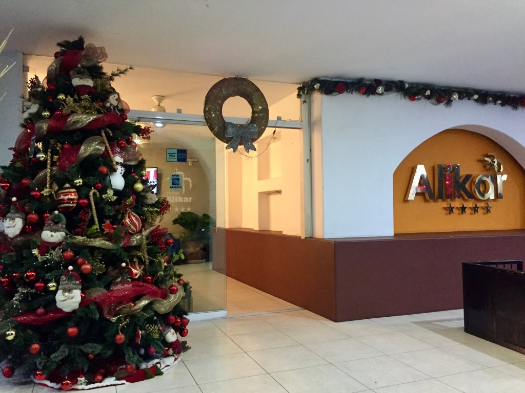 2019 - Huatulco, Mexico - La Crucecita - Christmas decorations