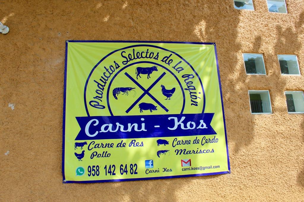 2019/2020 - La Crucecita, Huatulco, Mexico - Meat shop on the corner