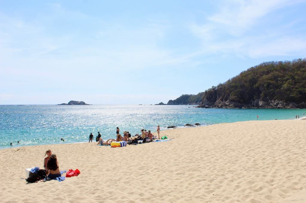 2019 - December - Chahué Bay, Huatulco, Mexico - Chahué Beach!!
