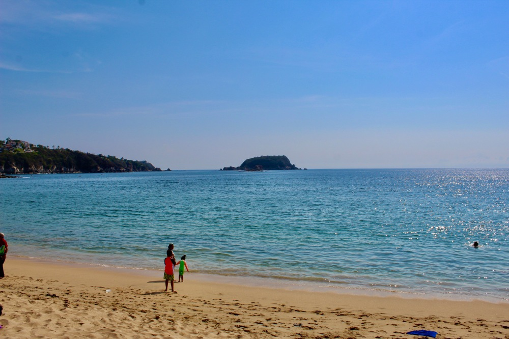2019 - December - Tangolunda Beach, Huatulco, Mexico - Looking left