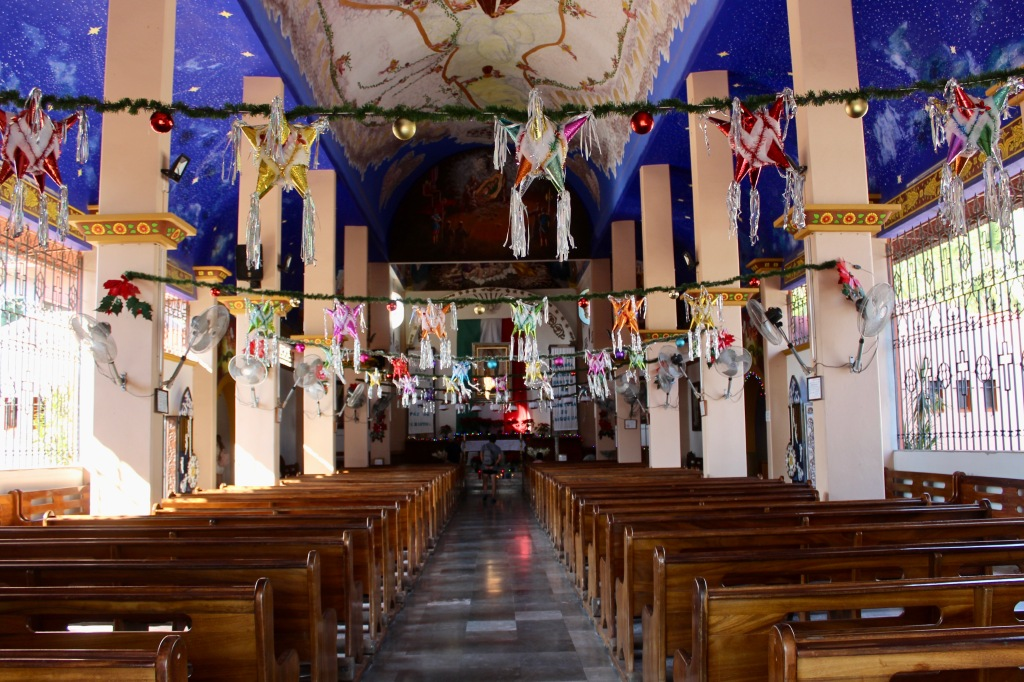 2019 - New Year's Eve - Huatulco, Mexico - La Crucecita - Centre Square - Parroquia de Nuestra Señora de Guadalupe - Parish of Our Lady of Guadalupe - Walking into the church