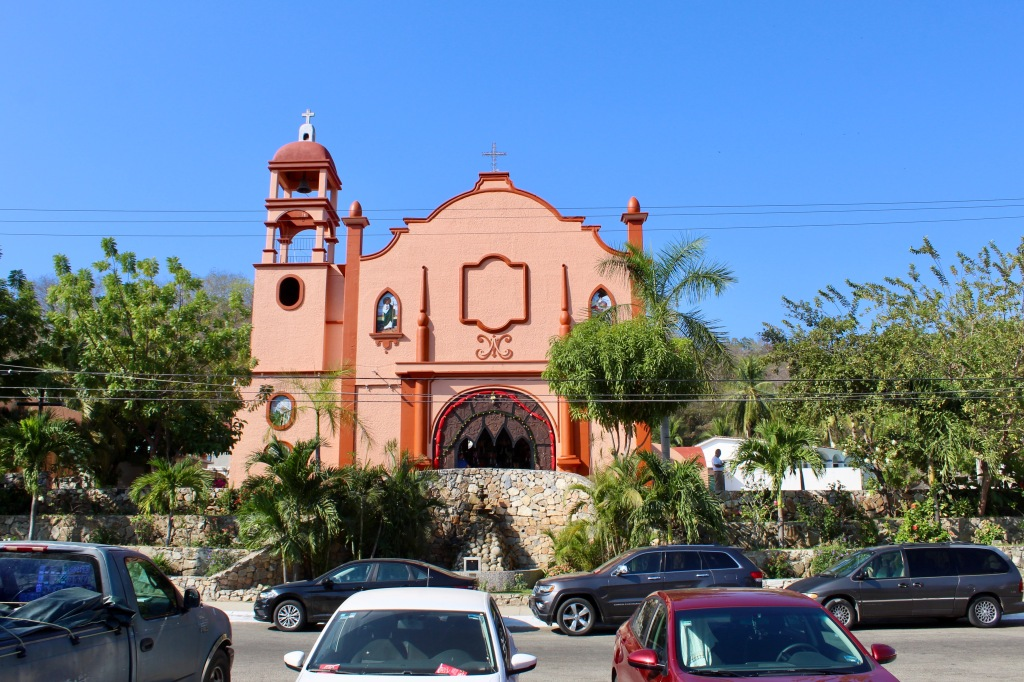 2019 - New Year's Eve - Huatulco, Mexico - La Crucecita - Centre Square - Parroquia de Nuestra Señora de Guadalupe - Parish of Our Lady of Guadalupe