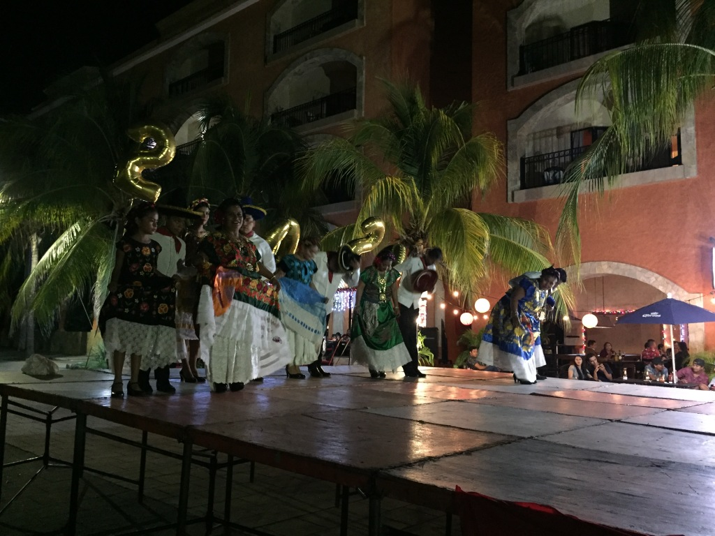 2019 - Huatulco, Mexico - New Year's Eve - Festivities at Sabor a Mi