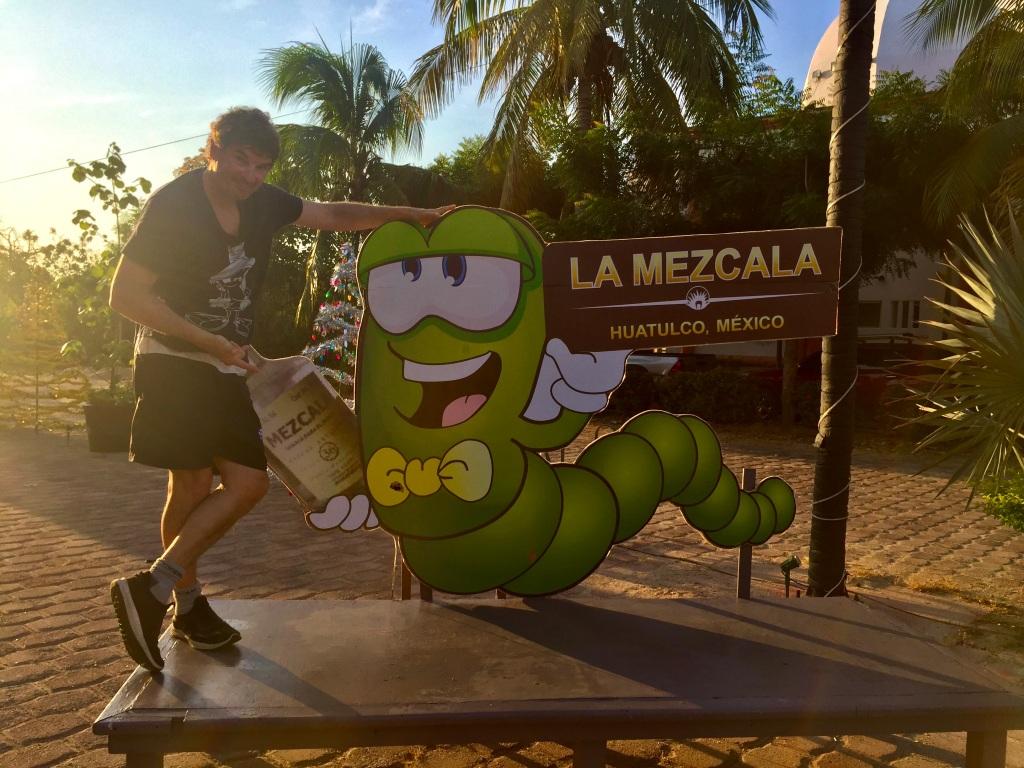 2020 - January 2nd - Huatulco, Mexico - La Crucecita - Morning run with Stephanie - La Papaya - Devil !!!!