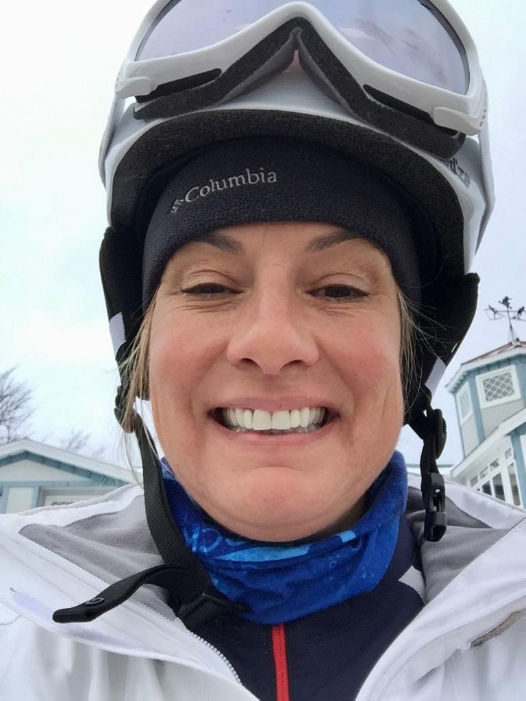 2020 - February - Martock Ski Hill - Three runs on the Bunny Hill my own!!