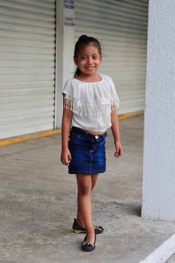 2020 - New Year's Day - Huatulco, Mexico - Downtown La Crucecita - Local girl!