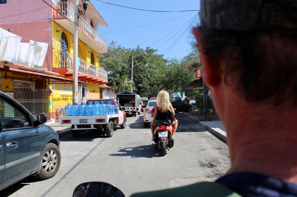 2020 - January 2nd - Huatulco, Mexico - La Crucecita - And we are off and scootering!