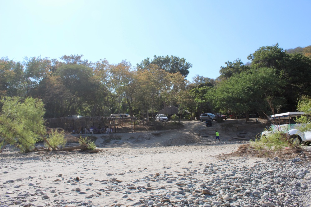 January 2nd, 2020 - Huatulco, Mexico - Copalita River - Parking area
