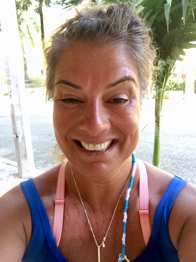 January 3rd, 2020 - Huatulco, Mexico - La Crucecita - Happy runner!