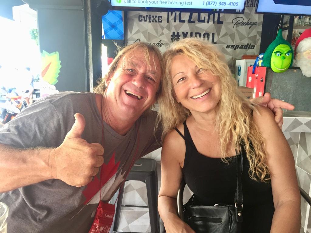 January 3rd, 2020 - Huatulco, Mexico - La Crucecita - Breakfast at Xipol with Patricia and Joel!