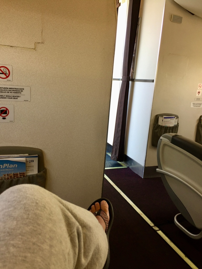 2020 - January 4th - Huatulco to Mexico City - Air Mexico - Upgraded to Business Class - Front row, single seat!