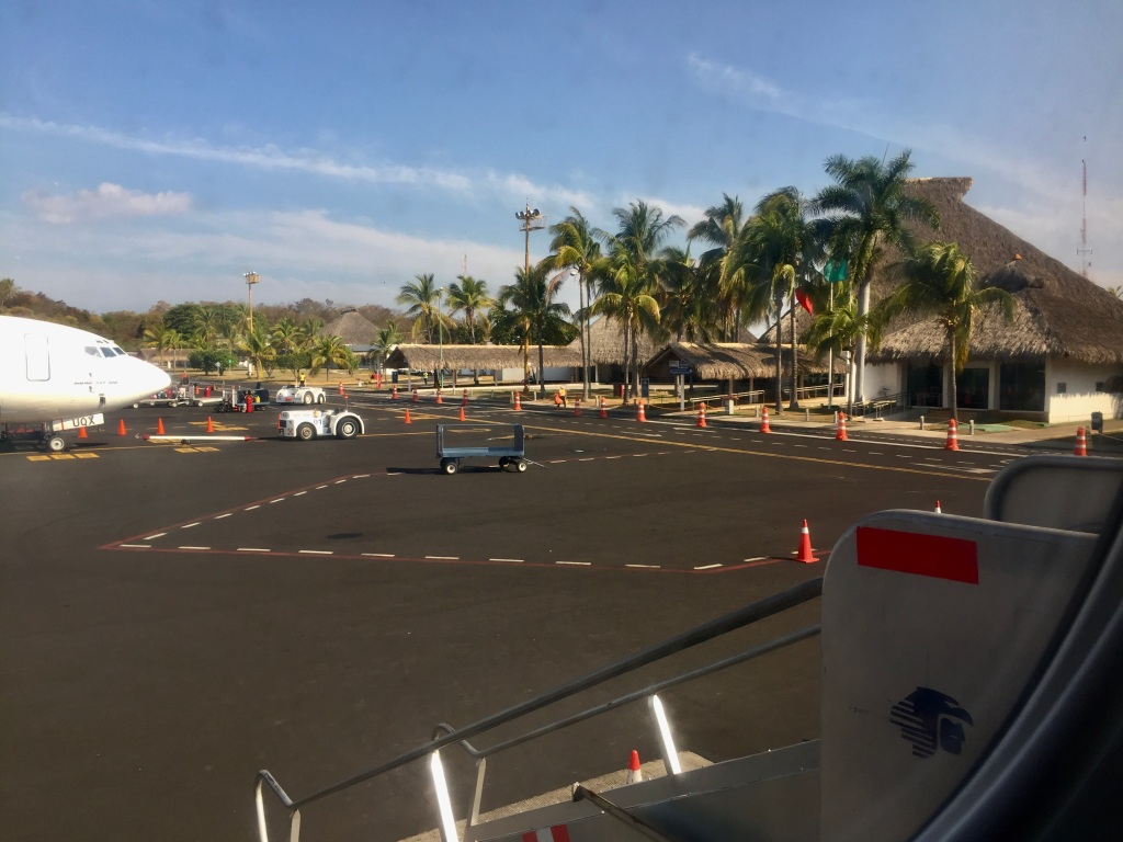 2020 - January 4th - Huatulco to Mexico City - Bahías de Huatulco International Airport - Goodbye Huatulco...