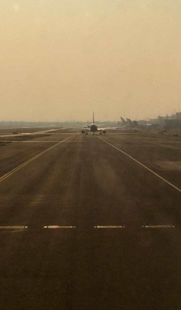 2020 - January 4th - Huatulco to Mexico City - Air Mexico - Upgraded to Business Class - Landed Aeropuerto Internacional Benito Juárez
