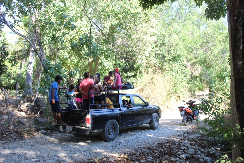 January 2nd, 2020 - Huatulco, Mexico - Looking for the town of Copalita - Driving along Copalita River - On their way again!