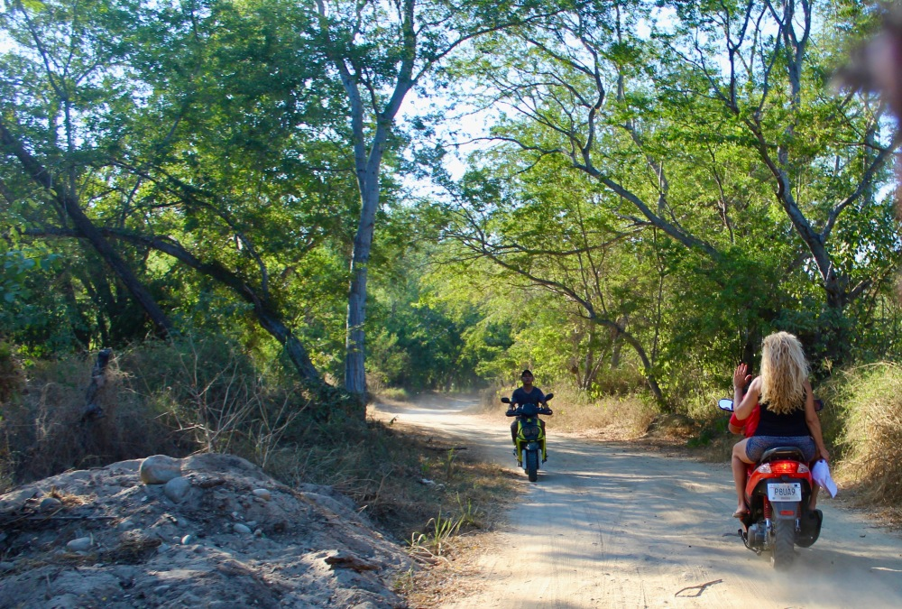 January 2nd, 2020 - Huatulco, Mexico - Looking for the town of Copalita - Heading back to the crossroads