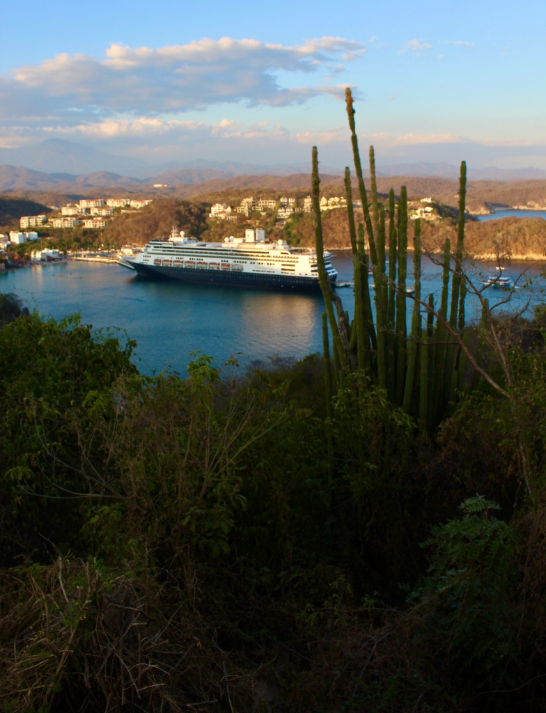 January 2nd, 2020 - Huatulco, Mexico - View of Santa Cruz Bay from the Navel Lookout Spot