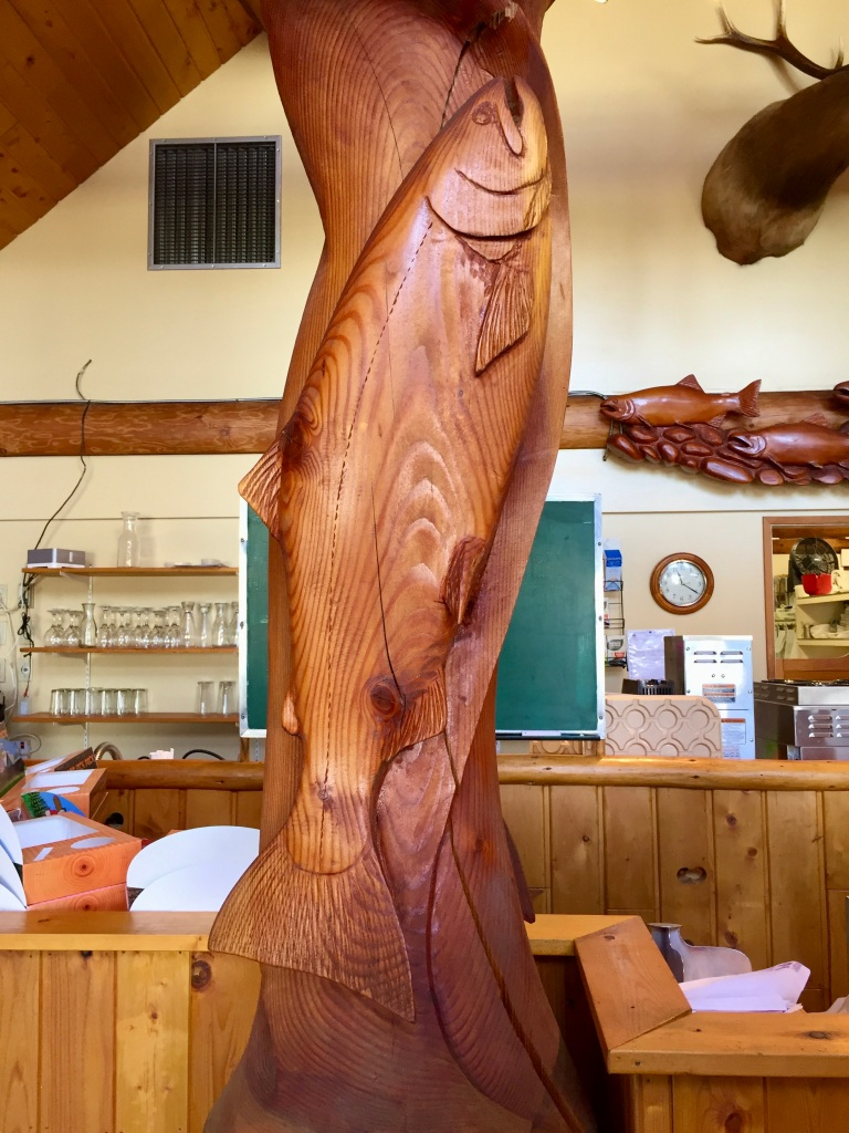 August/September, 2020 - Campbell River, Vancouver Island, British Columbia - Popsey's Restaurant - Salmon wood carving